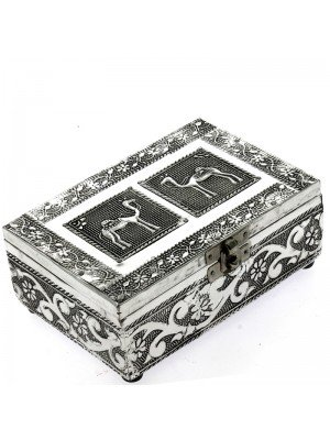 Embossed Metal Jewellery Box With Camels & Flowers 15.5x10.5x5.5cm