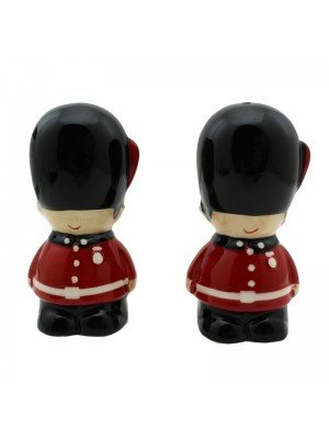 Wholesale Guardsman Ceramic Salt & Pepper Set