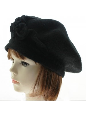 Ladies' Wool Beret With Flower - Black
