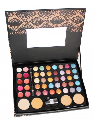 Wholesale Royal Cosmetic Connections Makeup Collection Gift Set