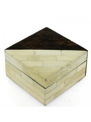Square Jewellery Box Banana Wood & Bone 14x14x8cm