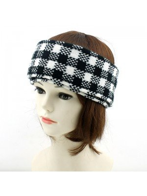 Unisex 2-in-1 Wide Headband & Neck Warmer - Checker Design