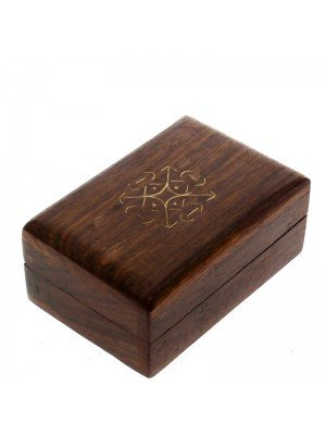 Wooden Pill Box - Celtic Knot Pattern 7.5x5x3.5cm